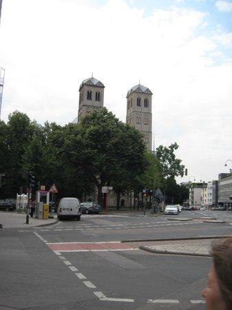 St. Gereon: Außenansicht