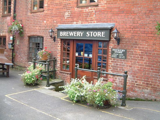 Ringwood Brewery : Entrance to the Brewery shop
