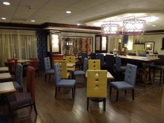 Hampton Inn Coventry-Warwick Area : Hotel lounge