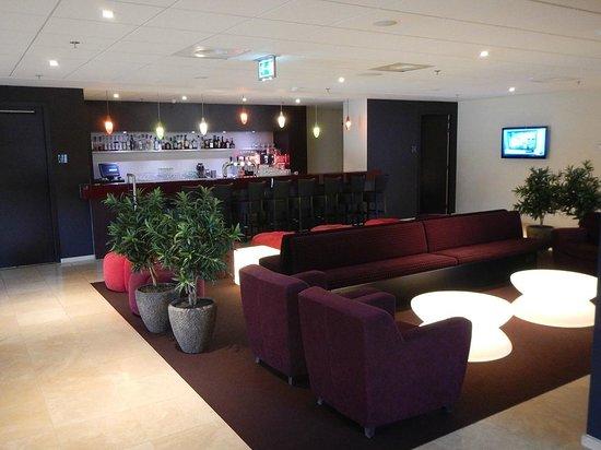 Hilton Garden Inn Leiden: Hotel Bar