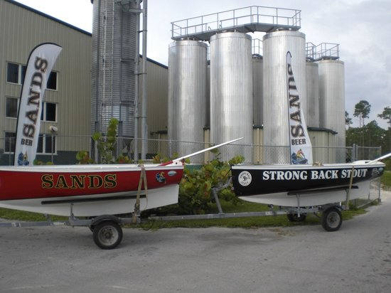 Fran's Travel Tour & Limo Service: City & Brewery Tour