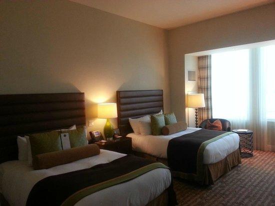 Thunder Valley Casino Resort : Standard bedroom 15th floor