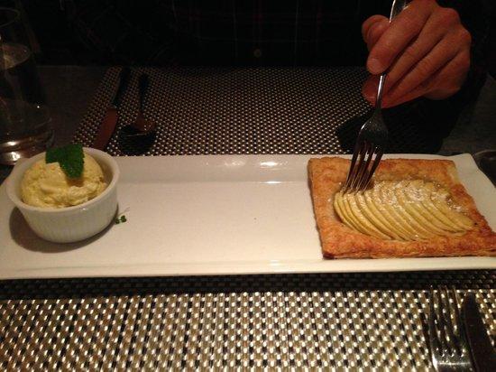 Fig & Olive Fifth Avenue: Caramelized apple tart