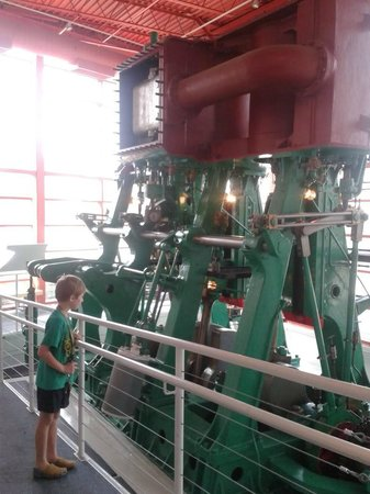 Wisconsin Maritime Museum: Awesome working machine