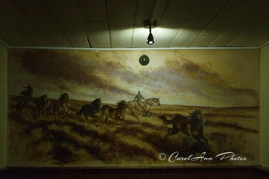 The Crown Hotel: Mick Cawston mural - back room