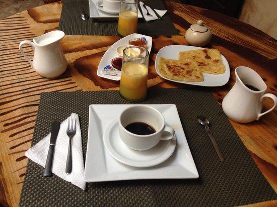 Riad Bamileke : Breakfast