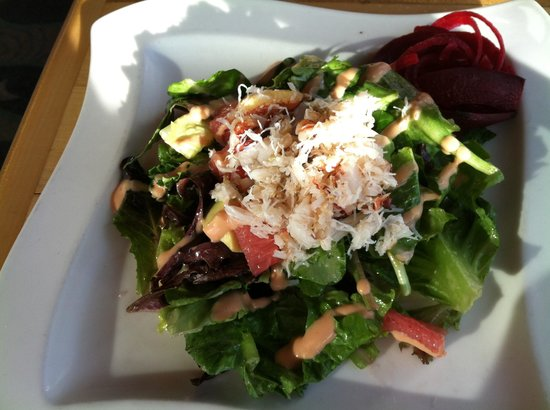 Anthony's at Bremerton: Lovely crab & grapefruit salad