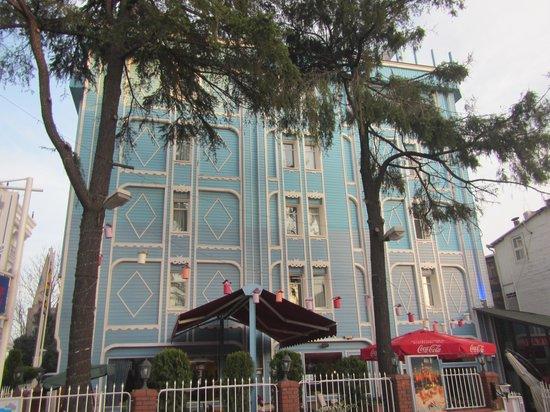 Blue House Hotel : Frente do Hotel