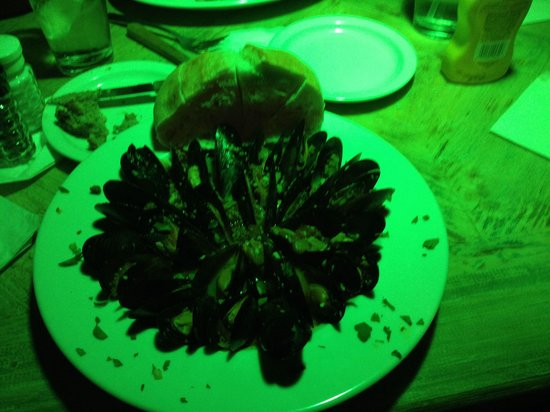 Giggity's Restaurant and Bar: Best mussels!!!