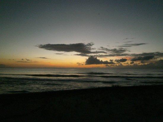 Riding Rock Inn Resort and Marina : Sunset