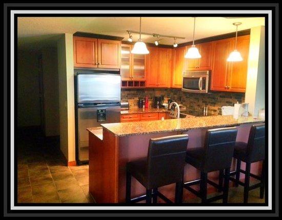 Blackstone Mountain Lodge: Kitchen
