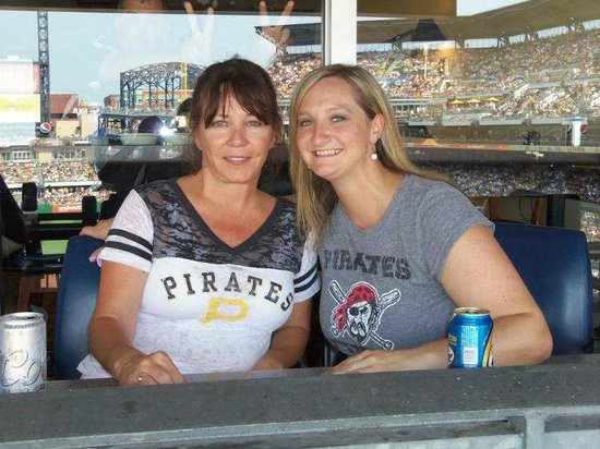 PNC Park : At the Bucco game!
