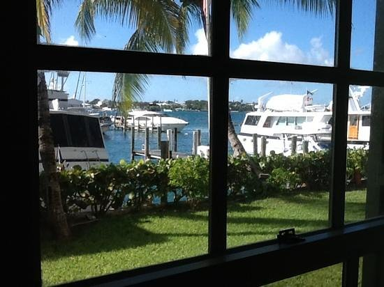 Paradise Harbour Club & Marina: View out of the bedroom window