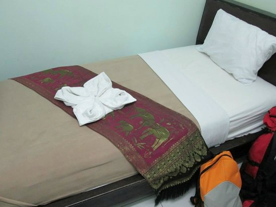 Mixay Paradise: The bed. Sooo comfortable.