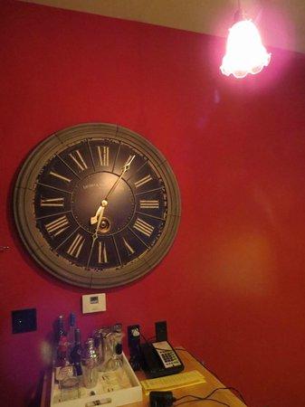 The Redbury Hollywood: Relóginho que não funciona :)