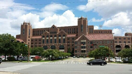 Florida State University: School of Communication