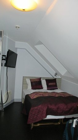 Klosterhagen Hotel : Bed in Room 301