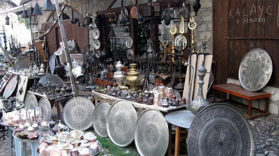 Havuzlu Asmazlar Konagi: Typical shop