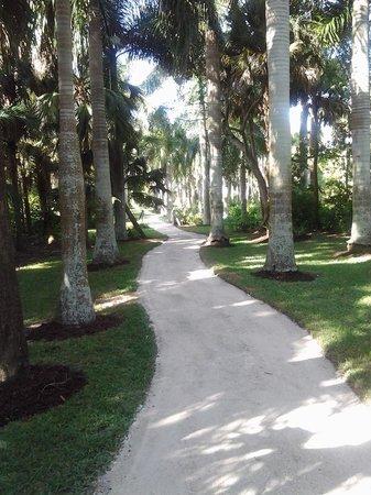 Model railroad exhibit picture of mckee botanical garden - Mckee botanical gardens vero beach ...