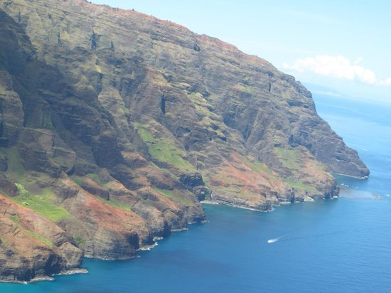 Dec 02, · Tours from Blue Hawaiian Helicopters - Kauai tend to sell out - travelers recommend booking in advance! Kauai Eco Adventure Helicopter Tour. Helicopter Tours. From $* More Info. Discover Kauai (departs from Princeville) Air Tours. From $* More Info. All 5/5(K).
