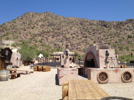 JW Marriott Scottsdale Camelback Inn Resort & Spa: Western Town