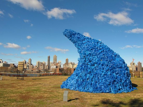 Long Island City, NY: Socrates Sculpture Park