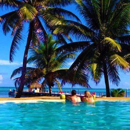 Portofino Beach Resort: Enjoying the view