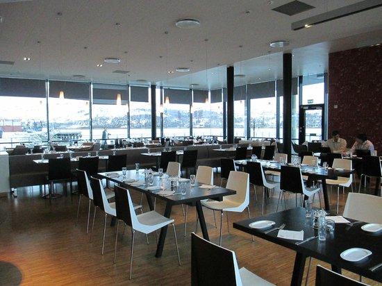 Thon Hotel Kirkenes: Dining room
