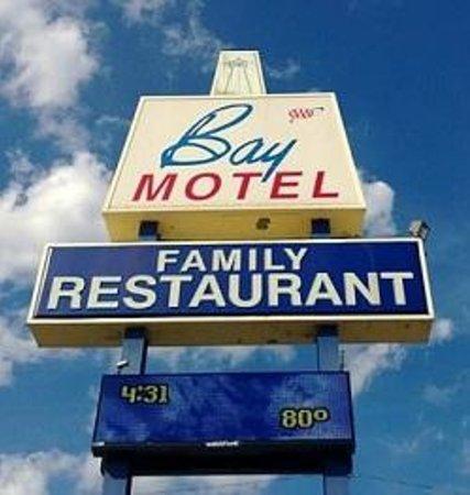 Bay Family Restaurant Sign