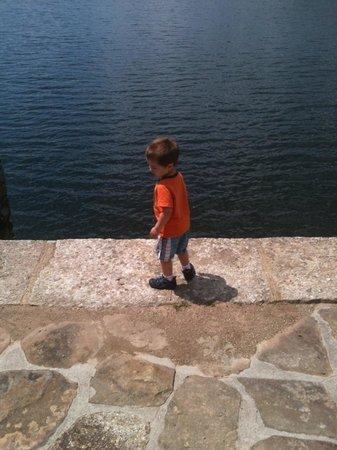 Scranton Lake Walking Path: Enjoying the view