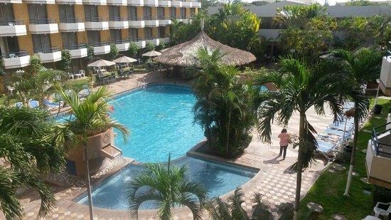 Margarita Dynasty Hotel & Suites: Vista desde el balcon