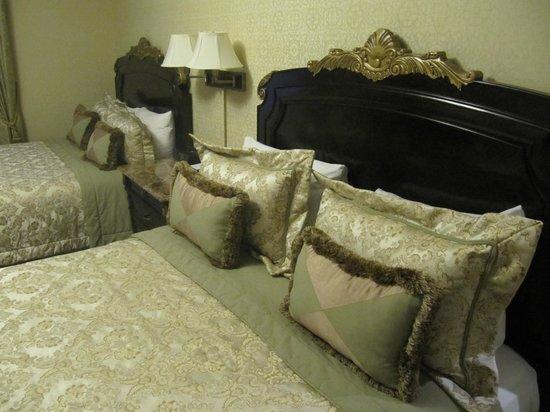 The Lucerne Hotel: Superior Queen Suite