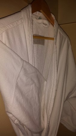 Skamania Lodge : Robes in room