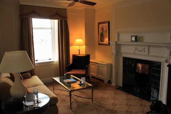 The Fairmont Empress: 1-bedroom suite