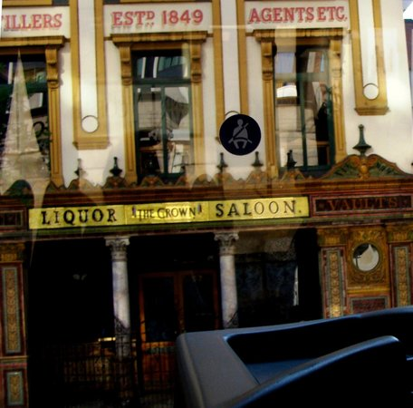 Robinsons Bar and Bistro: Robinsons with Character