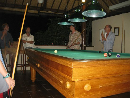 Gajah Mina Beach Resort: full size pool table
