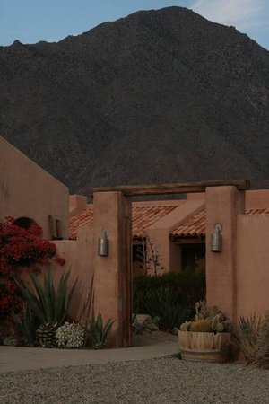 Borrego Valley Inn: Exterior View