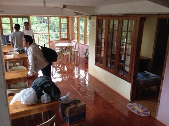 Kanip-aw Pines Lodge: 2nd floor