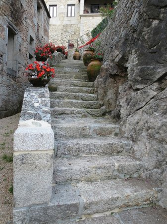 Hotel Rural Torre do Río: stairway outside