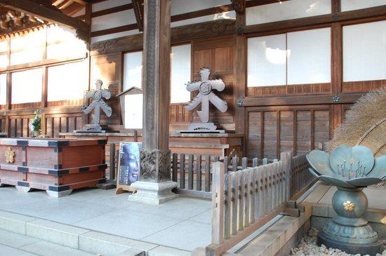 Jindai-ji Temple : 本殿