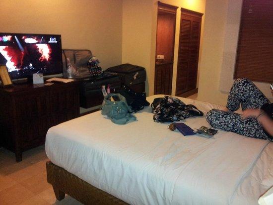 Puri Santrian: Room
