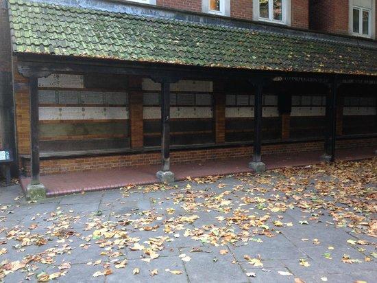 Postman's Park: The G F Watts memorial