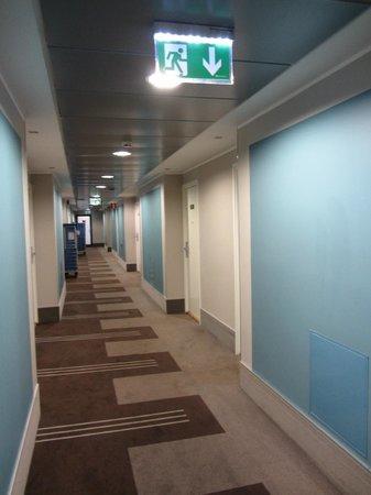 Park Inn by Radisson Central Tallinn: коридор 5 этажа