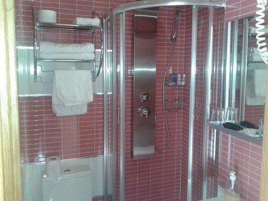 "Madrid City Rooms: Bagno camera ""dolcezza"""