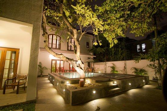 Ellen's Place : Pool