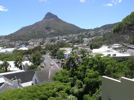 Primi Royal: the view from the balcony on the mountain Lion's Head