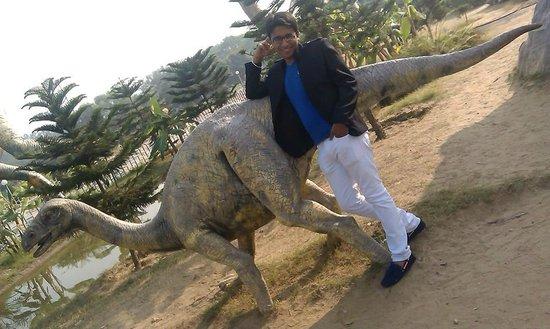 Jalandhar, India: Dinosaur park
