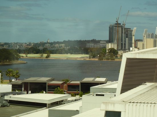 Crown Promenade Perth: Partial City View from Room