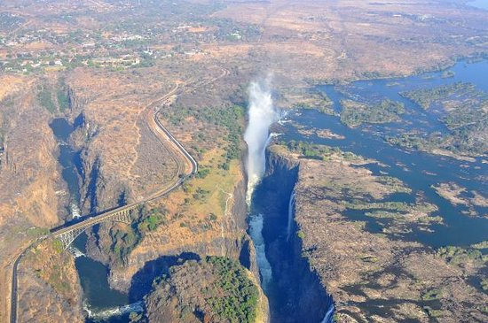 Shearwater Victoria Falls - Helicopter Flights: chutes Victoria