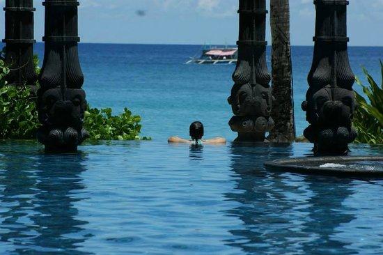 Shangri-La's Boracay Resort & Spa: A place of calmness